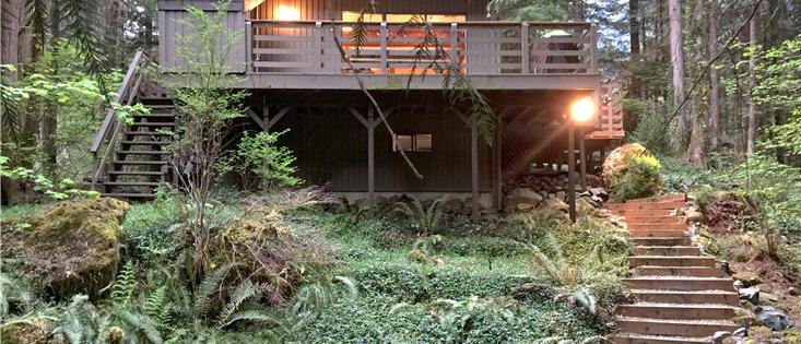 Mt. Baker Lodging's Cabin #26