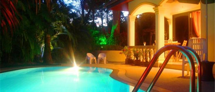Lakeside Villa, Luxury 2 bed private pool villa