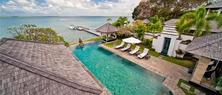 Waterfront villa Selamanya (20m pool & speed boat)