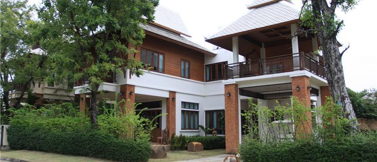 Beverly Thai House Villa 1B